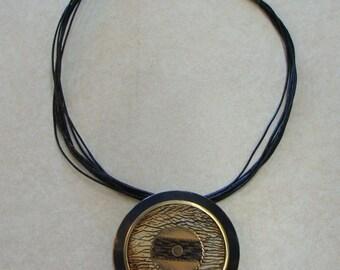 UNIQUE MEDALLION DISK statement pendant necklace leather cording