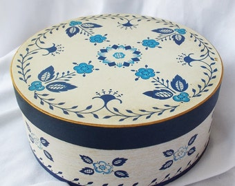Vintage Blue and White Shaker Style Wood Box Beverly Baker