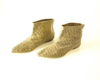 Vintage womens 60s mod Van Raalte ankle boots booties pamper footwear lounge shoes size 9 or 9.5