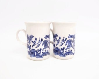 Vintage Churchill Blue Willow Mugs Made in England Coffee Mugs Georgian Handle Teacups Blue and White Set of 2 Asian Design Tall Coffee Cup
