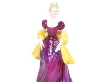 Vintage Royal Doulton Loretta Figurine HN2337 1965 England Bone China Mint Condition