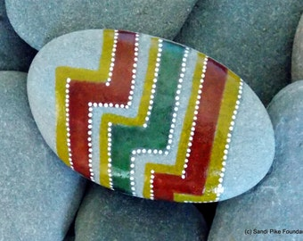 zig zag / painted rocks / painted stones / art on stone / rock art / paperweights / gifts for him / desk art / small art / sea stones / egg