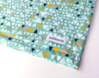 Mint Mojave Blanket || Triangle Baby Blanket || Geometric Baby Blanket || Mint Green Baby Blanket with White Minky