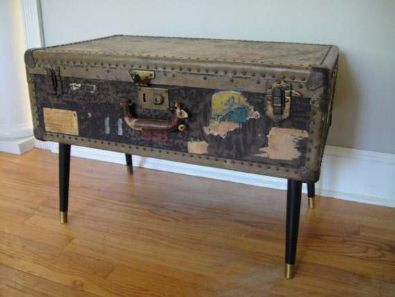 Antique Steamer Trunk Flat Top Coffee Table Stagecoach Trunk