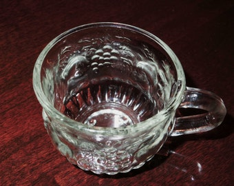 """8 JEANNETTE FRUIT Embossed Clear Punch or Tea Cups Crystal Glass Heavy Thick 2 1/2"""" High 1960's Eight Set Lot Excellent Condition"""