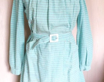 "French 1940s pistachio green cotton dress, school apron "" tablier""  blouse work dress size Small"