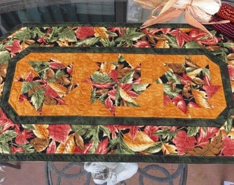 Quilted Table Runner Autumn Leaf 358a