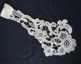 Exquisitely detailed Antique Needle-Lace Jabot