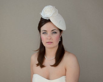SALE - Ivory Pillbox Hat with Delicate Lace and Silk Rose - Ivory Bridal Fascinator - Mother of the Bride Hat - Mother of the Groom Hat