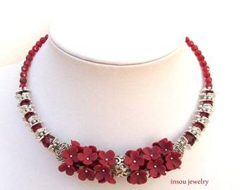 Burgundy Statement Necklace, Bib Necklace, Red Bib Necklace, Red Beaded Necklace, Statement Necklaces, Floral Necklace, Red Nature Jewelry