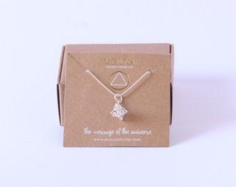 Merkaba / star tetrahedron / sterling silver 925 / sacred geometry jewelry / yoga necklace / tiny jewelry /