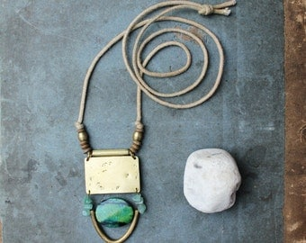 BATAK necklace - Brass, jasper and hand dyed cotton
