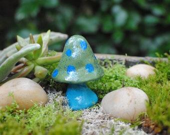 Mushroom, Terrarium mushroom, Fairy Garden, Faerie Garden, Fairy Terrarium, Mini Mushroom, Fairy Mushroom