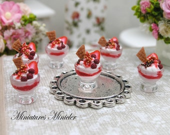 Miniature Dollhouse Strawberry Ice Cream Bowl 1:12