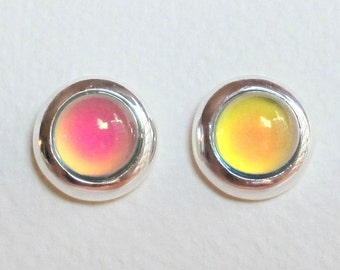 Mood Stud Earrings - Sterling Silver 925 - 8 mm Deluxe Mood Stone - color changing