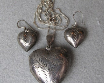Vintage Black Sterling Silver Etched Puffy Heart Locket Necklace & Pierced Earrings Set