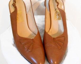1950s 60s Salvatore Ferragamo Slingback Heels Brown Leather Mid Century Designer Shoes Pin Up Bombshell 8.5 AAAA