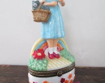 Wizard of Oz Dorothy & Toto Trinket Box