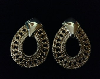 Vintage Avon Goldtone Teardrop Twisted Rope Hoop Style (clipon)