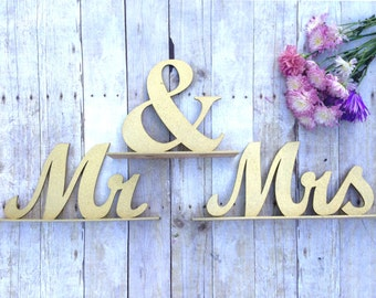 Mr and Mrs Sign, Wedding Sweetheart Table, Mr and Mrs Table Sign, Gold Glitter, Wedding Sign, Mr & Mrs Letters XL, Bride Groom Table Decor