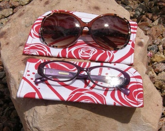 Red and White Floral Eyeglass/Sunglasses Case