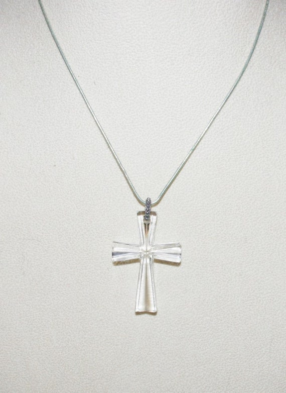 Vintage Waterford Crystal Cross With Silver Tone Chain S1371