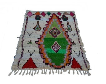 "75""X51"" Vintage Moroccan rug woven by hand from scraps of fabric / boucherouite / boucherouette"