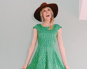 "Daisy dress ""TAHTI"" in green cream"