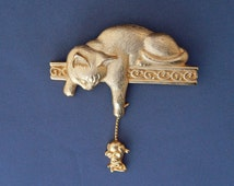 Vintage JJ Cat and Mouse Pin, Signed JJ Jonette Jewelry Cat Dangling Mouse Pin Gold Tone, Articulated Figural Pin, Cat Lover Gift