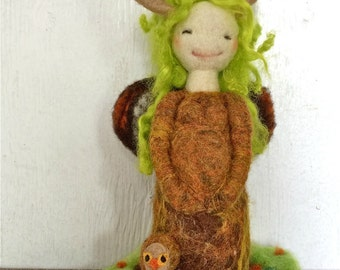 Waldorf felted Forest mother nature doll - Mother nature needle felted wool doll - Natural and ecofriendly