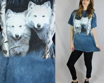 90's Tie Dye White Wolves Large Men's Tee Shirt from Eagle River Wisconsin