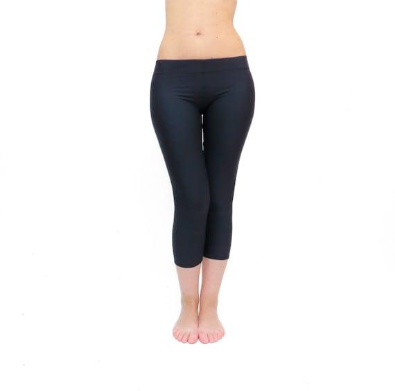 Pantaloni Neri Da Capri Yoga