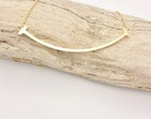 Gold Curved Bar Necklace stainless steel//Minimalist gold smile bar necklace//Smile necklace gold plated on stainless steel hypoallergenic