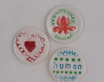 Ceramic mosaic jewelry pendant tile white red coral green turquoise human heart flower