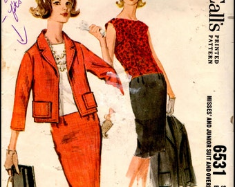 """McCall's 6531  Misses' And Junior Suit and Overblouse  Bust 31.5"""""""