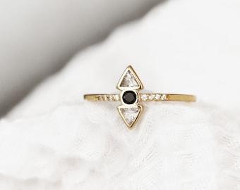 Minimalist Geometric Ring - Triangle Ring - Minimalist - Gold Band Ring - Geometric Crystal Ring - R02-G