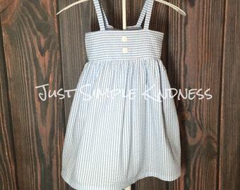 Girls Seersucker dresses, girls Easter Dress, baby easter dress, Baby Seersucker Dress, seersucker dress, girls summer dress, beach photo