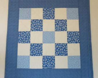 "Doll Quilt, 20"" x 20"", Mini Quilt, Blue, White, Trip Around the World Quilt"