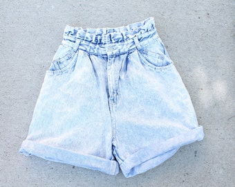 Acid Wash High Waisted Denim Shorts / Small / Medium
