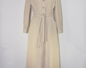 80s khaki trench coat / classic belted trench / waterproof rain coat