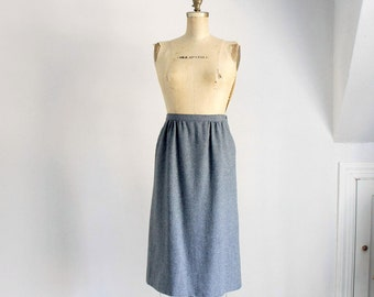 Sale | 80s Pendleton grey wool pencil skirt