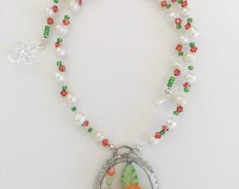 Flower porcelain necklace