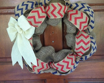 Red White and Blue burlap wreath - Chevron wreath - 4th of July - Memorial day - Veteran's day - Patriotic - USA - America - Rustic