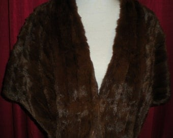 Womens 1950's Brown Mink Fur Cape Stole Wrap Small/Med by A&M Hurtig Ltd Furriers