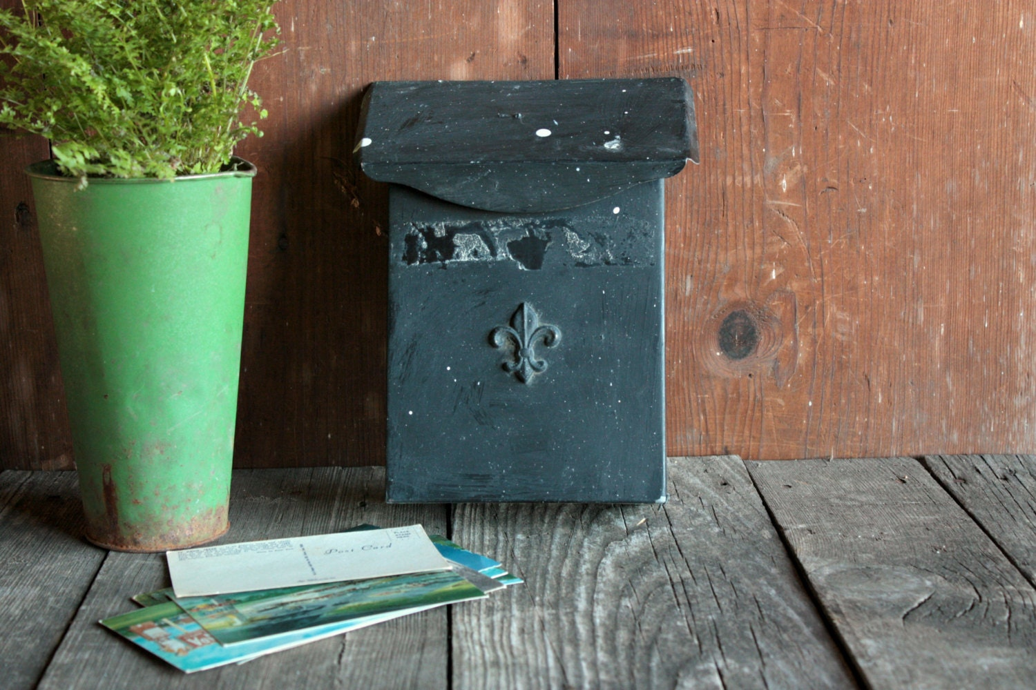 Vintage Mailbox Farmhouse Entryway Organizer Wall Mount