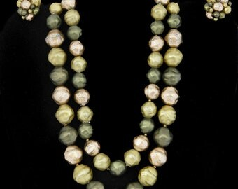 Vtg Coro Demi Parure Necklace Clipback Earrings Olive Green/Gold Beads Retro