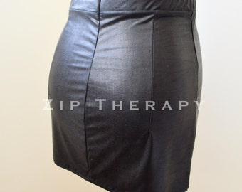Wet Look Mini skirt with elasticated waist - wet look lycra - Black