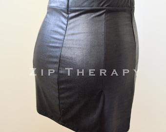 Wet Look Mini skirt with elasticated waist - wet look lycra - Black