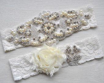 Crystal Garter Set, Wedding Garter Set Ivory White Shabby Chic Flower Bridal Garter Set Vintage Lace Crystal Rhinestone Toss Garter Set
