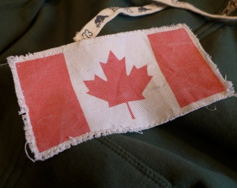 "6"" Retro Vintage CANADIAN Flag Patch - Make new clothes look vintage or breath new life into old clothing."